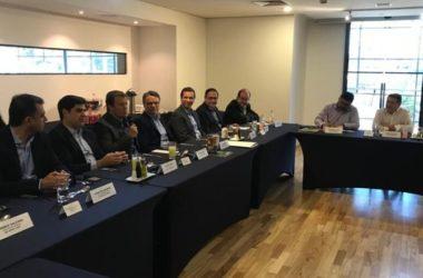 Diretoria da ABAD estreita relacionamento com a indústria em almoço em São Paulo